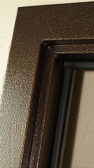 входные двери с молотковым покрытием